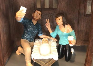 Mary and Joseph snap a selfie in the Hipster Nativity set